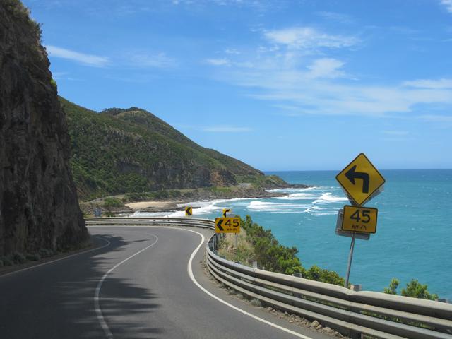 Conseils road trip Australie - Conduire sur la route