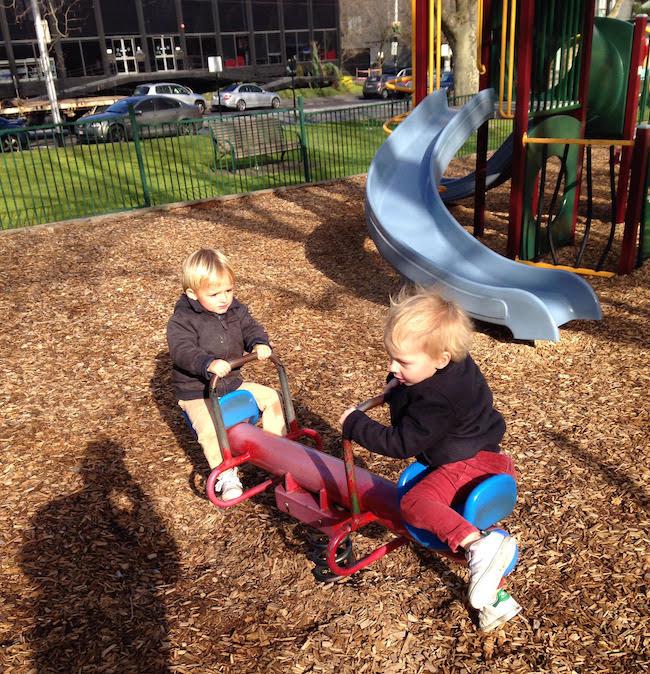 au pair enfants jeux parc