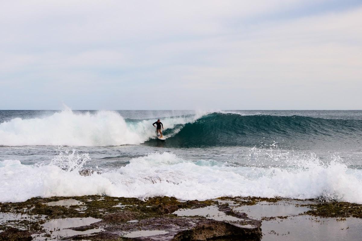 Surfeur à Margaret River - Côte Ouest Australie