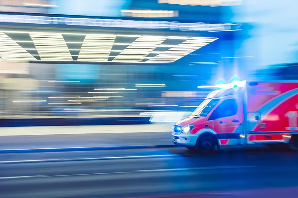 bien choisir assurance tour du monde rapatriement urgence ambulance