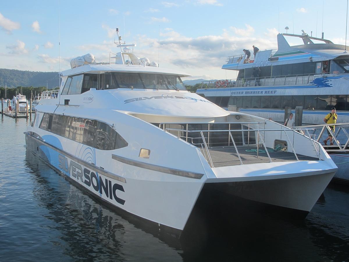 Grande barrière de corail excursions bateau australie