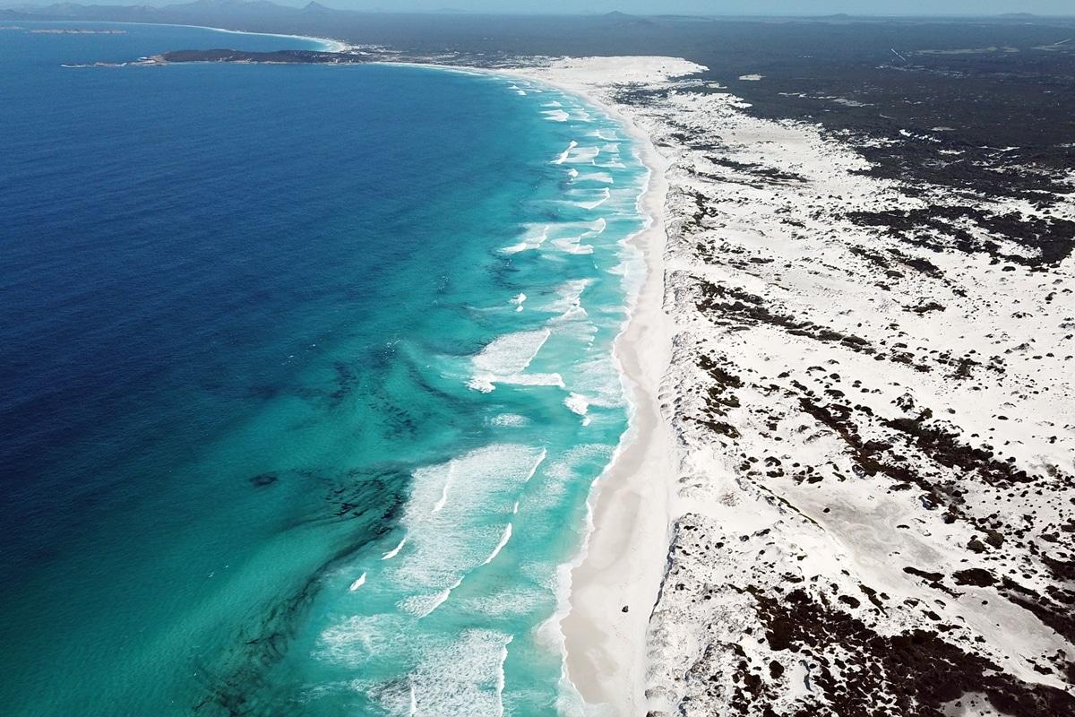 Hellfire Beach - Cape le Grand National Park - Western Australia