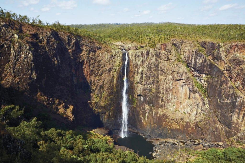 wallaman falls road trip cote est australie