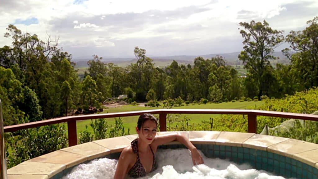 Jacuzzi Ridge Retreat Queensland